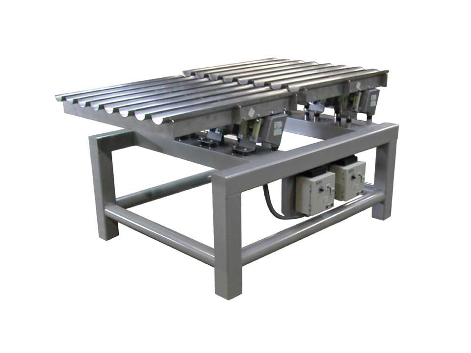 Vibratory Conveyor - Stepped Packing Table - Product Conveying